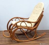 Кресло качалка из ротанга   эконом мебель